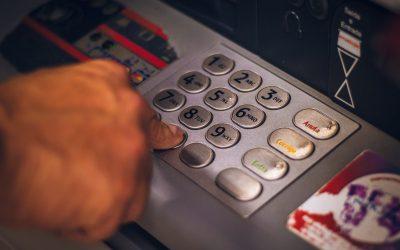 Ecolo veut garantir l'accessibilité des distributeurs de billets à Huy-Waremme